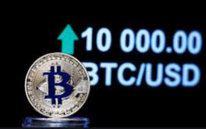 Bitcoin dosegel 10000 dolarjev